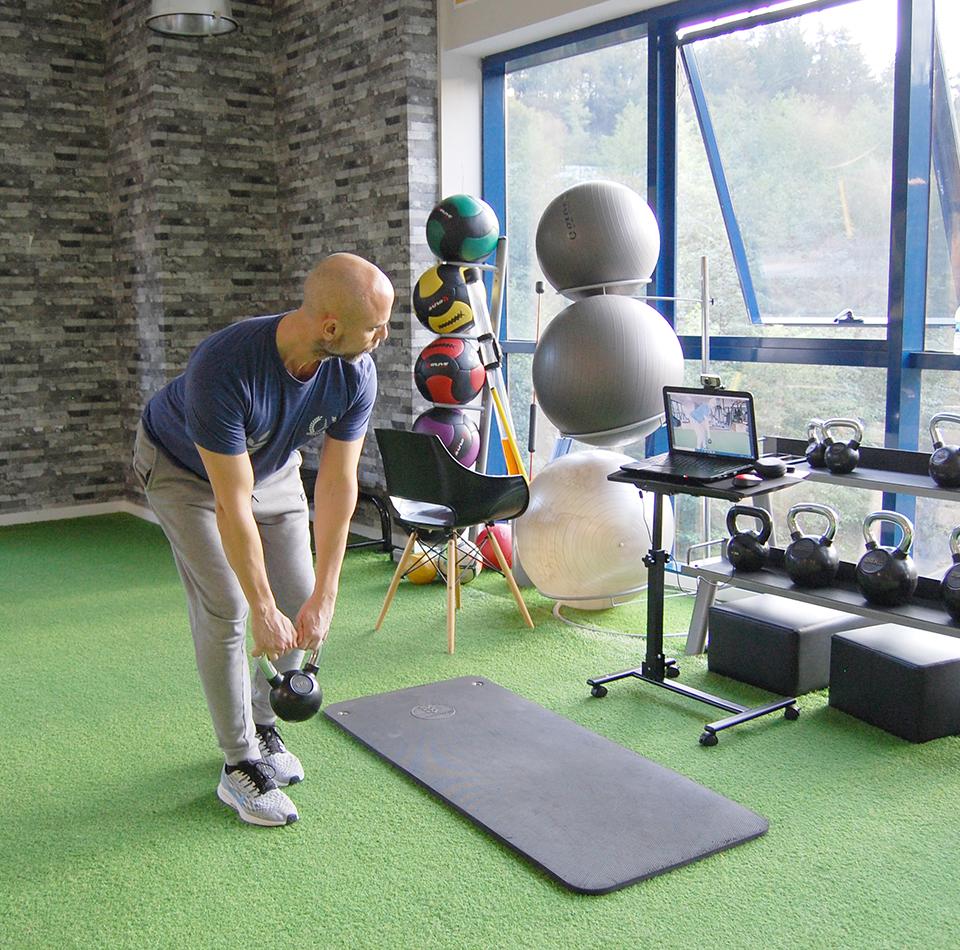 entrenamiento-personal-online-a-distancia-osasun-sport-clinic-sergio-sukunza